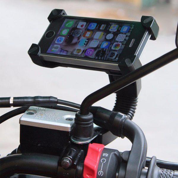 giá đỡ điện thoại trên xe máy. Dễ dàng gắn lên xe máy