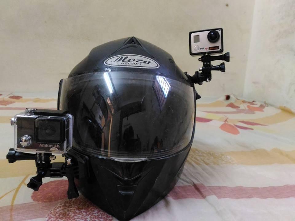 gắn camera hành động lên mũ bảo hiểm