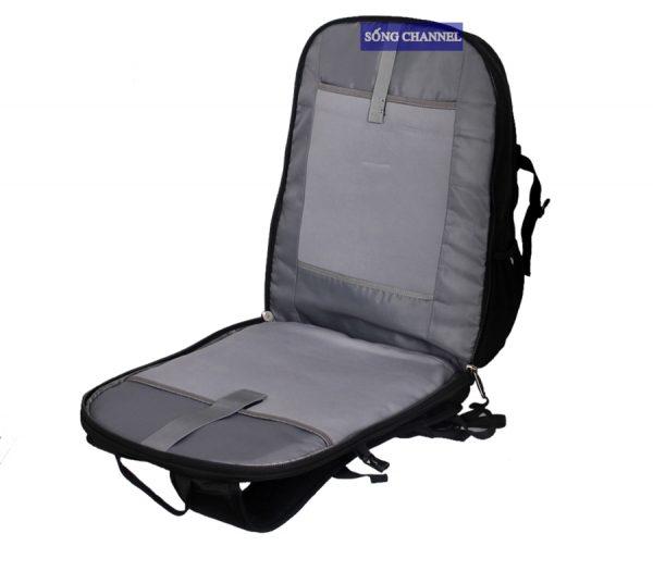 Ngăn đựng laptop được thiết kế riêng và có chống sốc